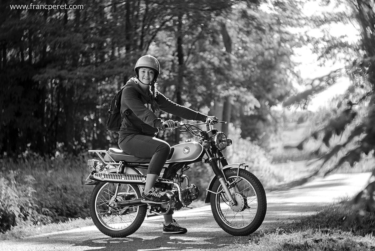 Marion on the bike. The most important common point between B&W and color shot is quality of light. Good lighting means more potential for a good shot.